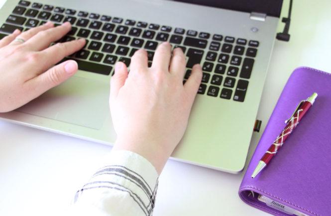 Blogparade - Du und dein Blog - Hände Laptop - Filofax